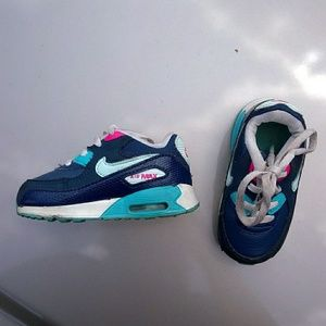 Nike air max toddler shoes